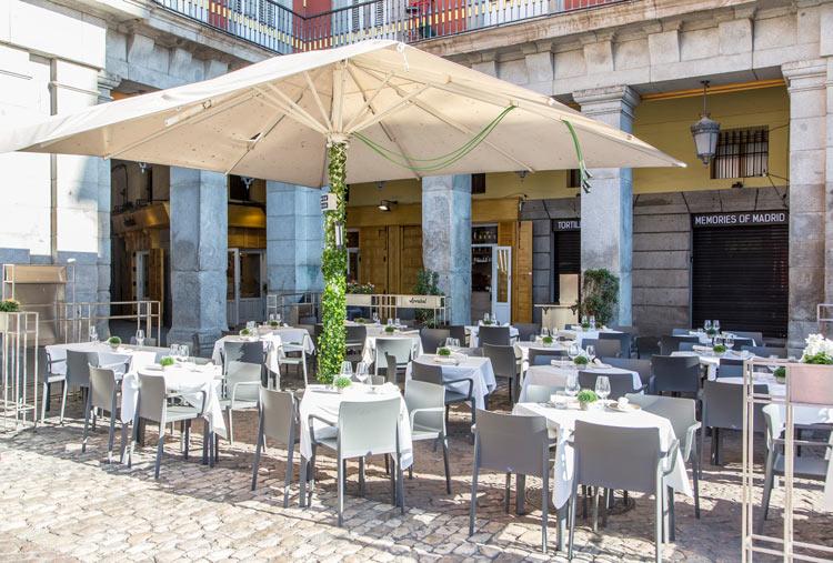 """Terraza Restaurante Arrabal - """"Arrabal"""", el nuevo restaurante de la Plaza Mayor de Madrid"""
