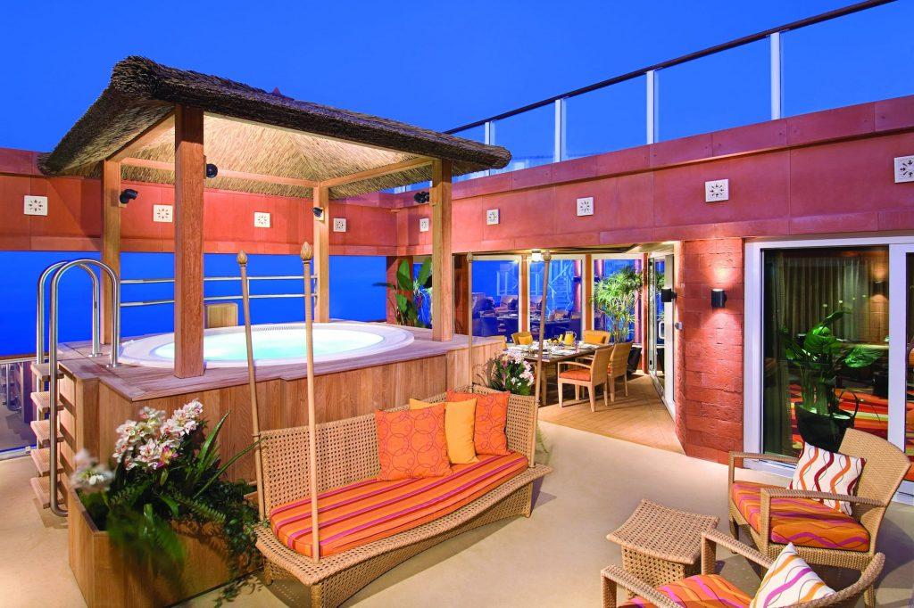 1. Norwegian Cruise Line The Haven Garden Villa 3 1024x682 - Las 10 suites de crucero más grandes y lujosas del mundo