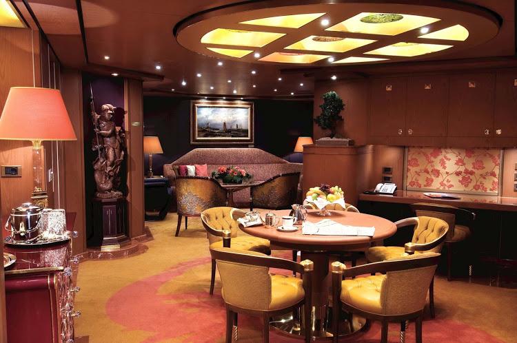 10. Holland America Pinnacle Suite 2 - Las 10 suites de crucero más grandes y lujosas del mundo