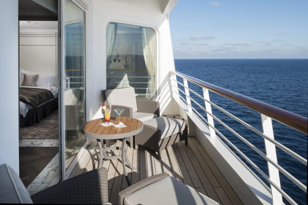 9. Crystal Cruises Penthouse Verendah 6 1024x683 - Las 10 suites de crucero más grandes y lujosas del mundo