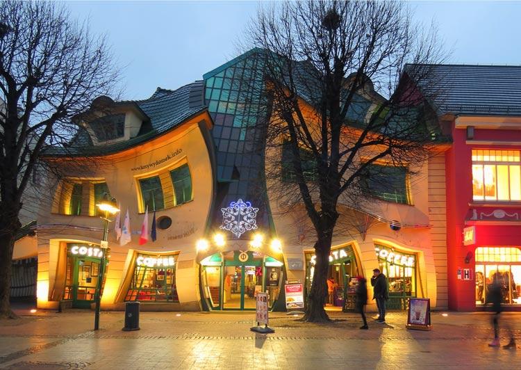 Krzywy domek Sopot Polonia © Аимаина хикари - Semana Mundial de la Arquitectura: 5 edificios únicos de Europa