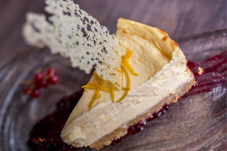 """Tarta de queso al horno La Caprichosa - Abre sus puertas el restaurante """"LA CAPRICHOSA"""""""
