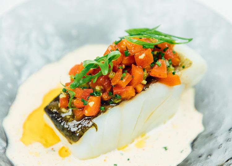 Bacalao Pathio restaurante platos - Abre Pathio, el gastrobar de cocina mediterránea con guiños internacionales