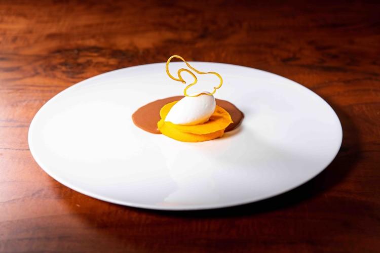 FormatFactoryZalacaín Postres Zanahoria coco y calabaza con chocolate 1 baja - Siete propuestas gastronómicas para celebrar el puente de los Santos.