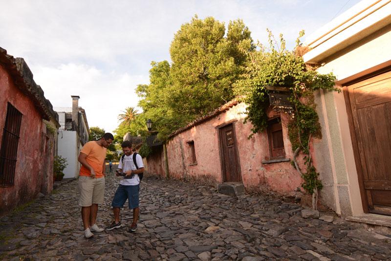 Uruguay Callejuela Colonia Sacramento © Serrana Diaz - Uruguay, en el Top 10 de países a visitar en 2020