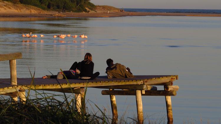 Uruguay muelle atardecer flamencos La Barra Maldonado © Gonzalo Miracet - Uruguay, en el Top 10 de países a visitar en 2020