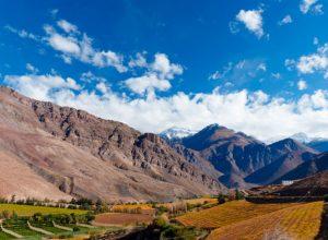 Valle de Elqui. Cortersía Chile Travel. Montaña valle 300x220 - Revista Más Viajes
