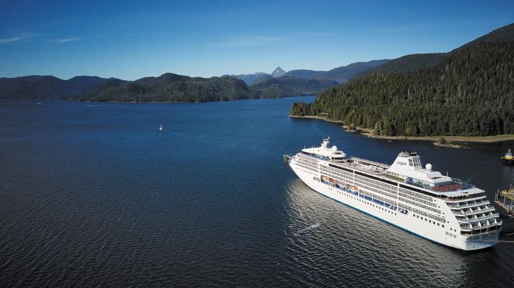 alaska crucero mar montaña - Silversea comienza a trasladar directamente a sus huéspedes en avión a la Antártida en clase business