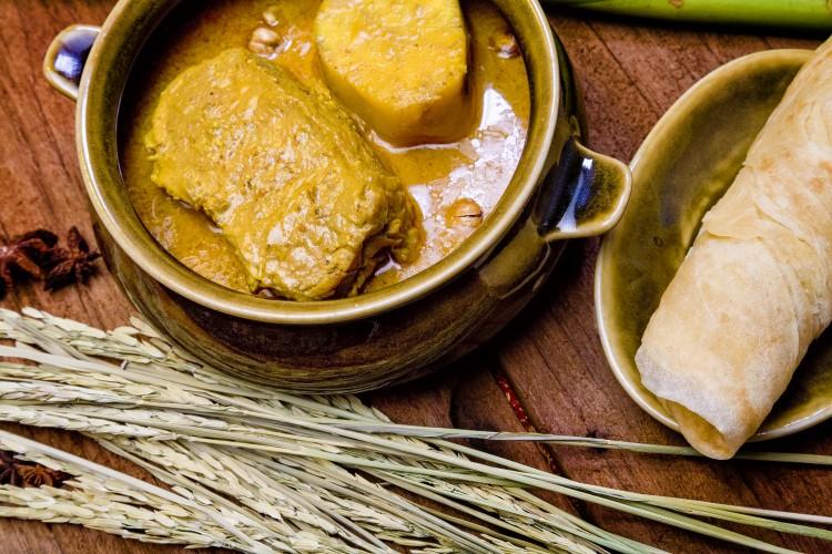 Bangkok Thai Massaman Beef Curry - Se presenta la III edición de la Guía MICHELIN de Tailandia