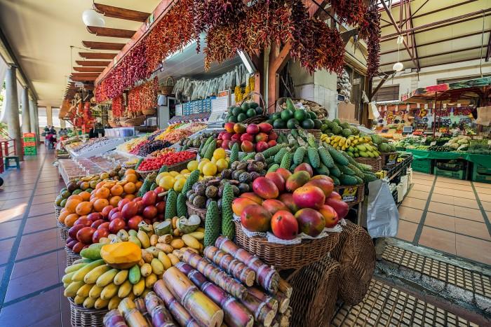 Madeira Funchal MercadoMunicipal - Madeira. Un jardín colgante.