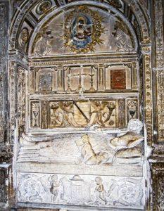 Sepulcro de Eustaquio Nieto y Martín.Sigüenza 233x300 - La Ruta del Cid Campeador, huellas de mito y realidad