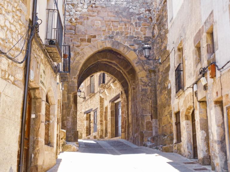 atienza calle antigua - La Ruta del Cid Campeador, huellas de mito y realidad