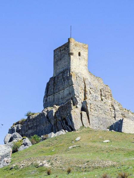 castillo de atienza paisaje - La Ruta del Cid Campeador, huellas de mito y realidad