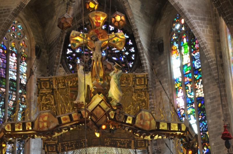 catedral Mallorca Gaudi - La huella y el ingenio de Gaudí en la Catedral de La Seu de Palma