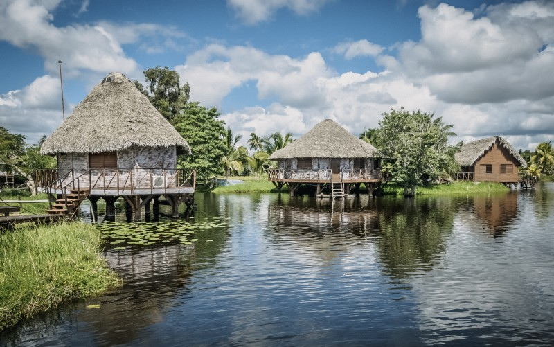 guama laguna casas - Ciénaga de Zapata, Cuba pura biodiversidad en el Caribe insular