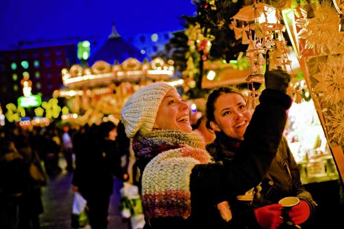 Leipzig. Handicrafts on Leipzig Christmas Market - Mercados navideños históricos
