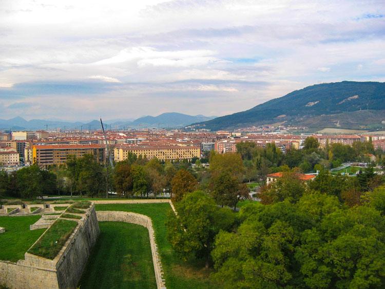 """Pamplona © Flickr RinzeWind Ciudades Pulmon España - Fotos de: """"Ciudades Pulmón, el Top 10 español"""""""