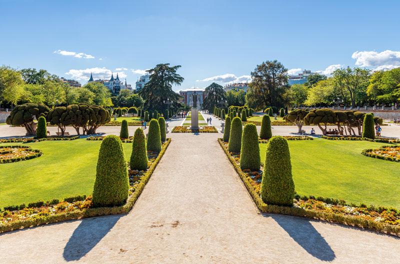 Plaza Parterre Parque del Retiro Madrid © Diego Delso Ciudades Pulmon España - Madrid marida los Veranos de la Villa con su Capitalidad iberoamericana de la Cultura Gastronómica