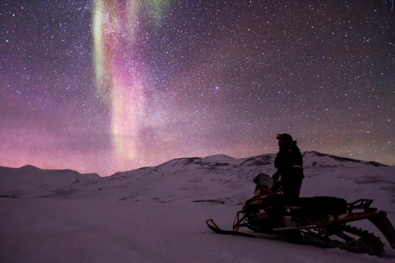 auroras boreales  - Ideas originales y atractivas para dar la bienvenida a 2020 lejos de casa