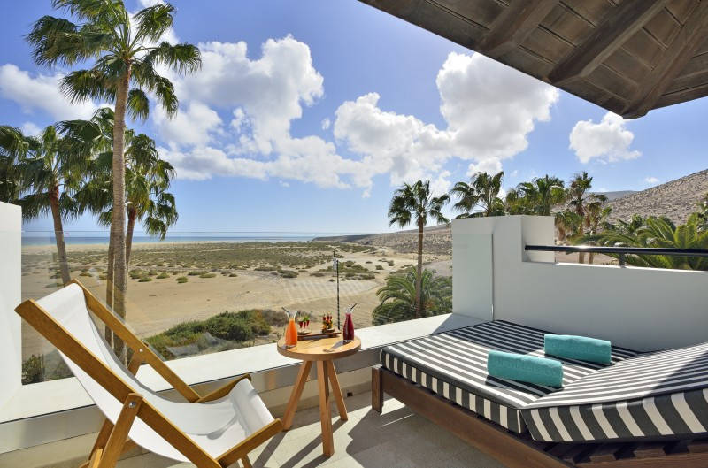 canarias balcon vista mar - Ideas originales y atractivas para dar la bienvenida a 2020 lejos de casa