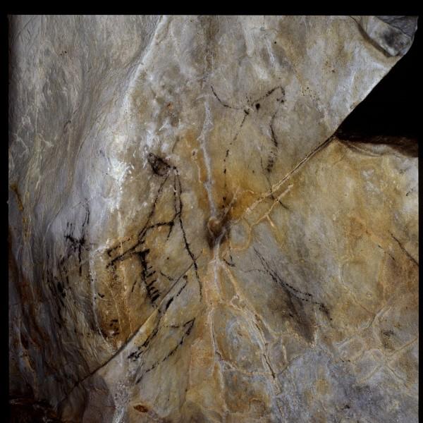monedas cuevas cantabria - Tesoros subterráneos de Cantabria