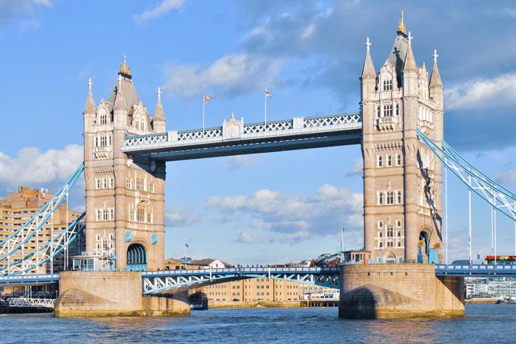 puente rio londres © Pedro Abel Adalia - LONDRES… en un día