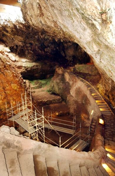puente viesgo cantabria cuevas - Tesoros subterráneos de Cantabria