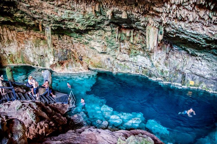 """Cueva de Saturno © Publicitur - Fotos de: """"Varadero, una playa con múltiples encantos"""""""