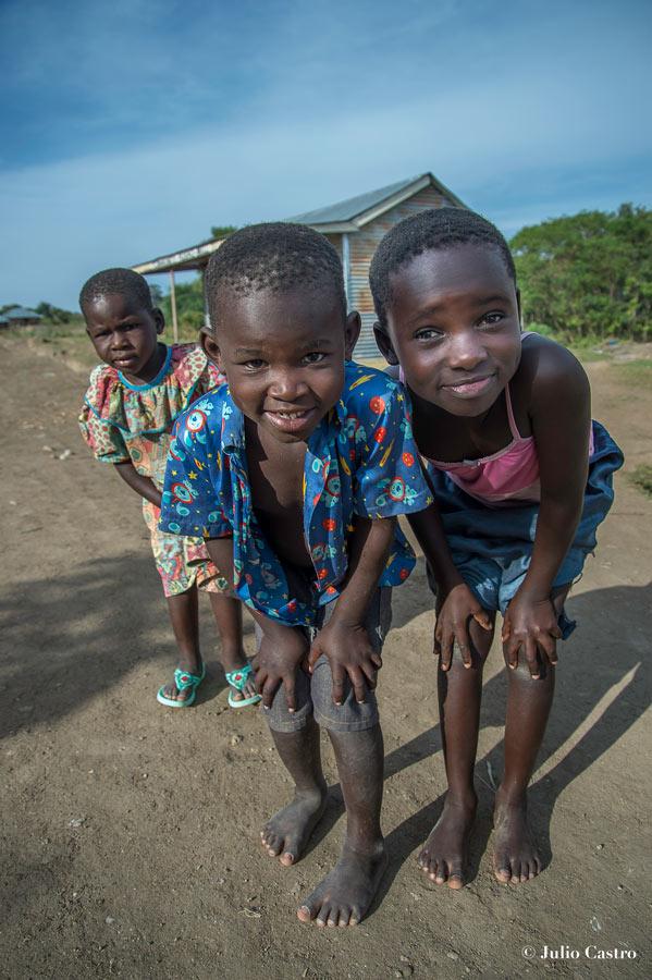 """Kenia el pais de los lagos legendearios MV67 © Julio Castro 11 - Fotos de: """"Kenia, el país de los lagos legendarios""""."""