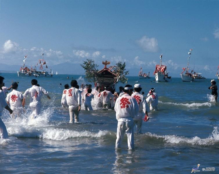 Miyazaki Festival del Agua - Miyazaki, un destino con aura para 2020