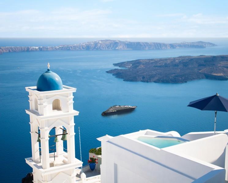 Santorini Greece Ritz Carlton crucero - StarClass presenta los buques que vendrán en 2020