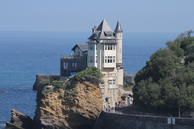 castillo biarritz francia - 15 razones para visitar Francia en los próximos meses