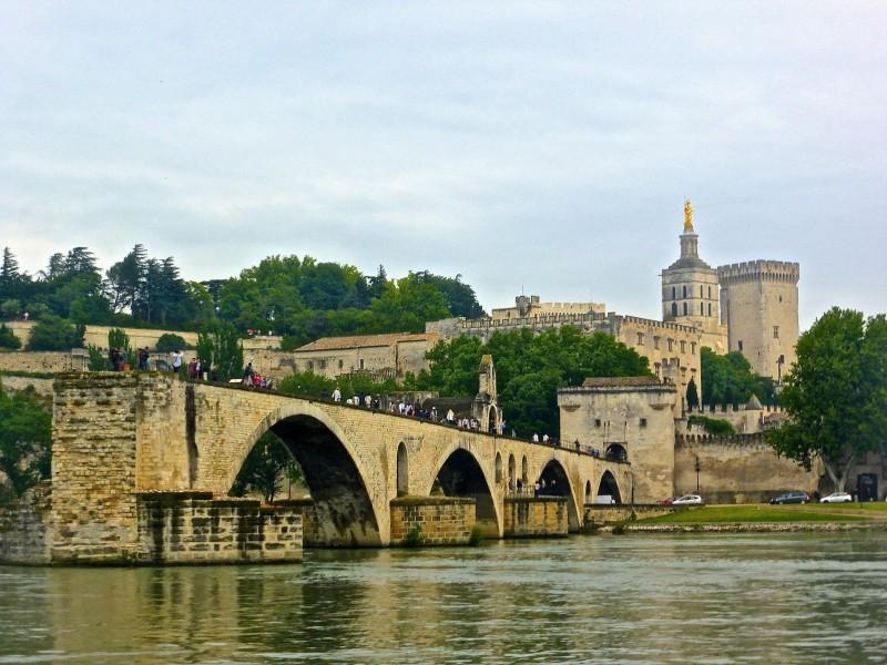 francia AVIÑÓN pont avignon  - 15 razones para visitar Francia en los próximos meses