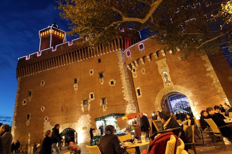 francia castillo PERPIGNAN ©service photos - 15 razones para visitar Francia en los próximos meses
