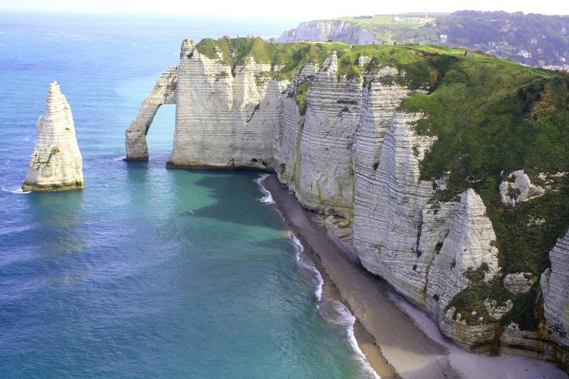 francia normandia farallon mar 1 1 - 15 razones para visitar Francia en los próximos meses