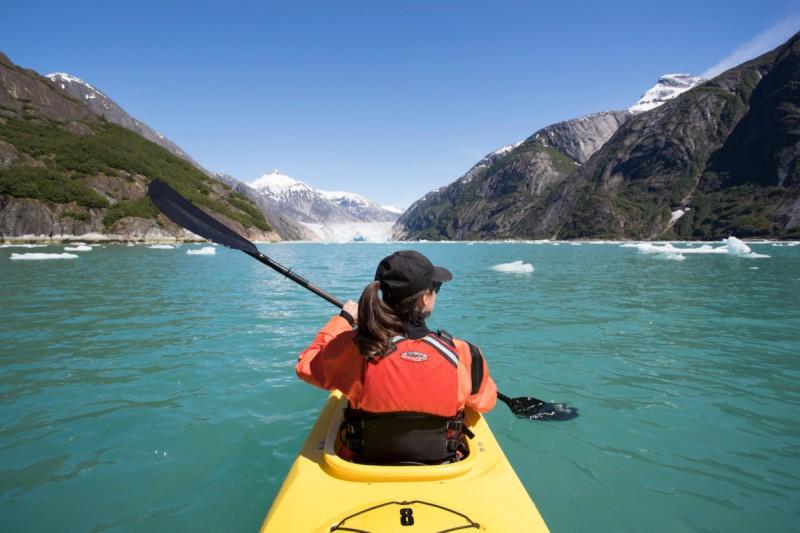 kayak alaska montañas mar - Seabourn,  mejora su programa de experiencias Ventures By Seabourn