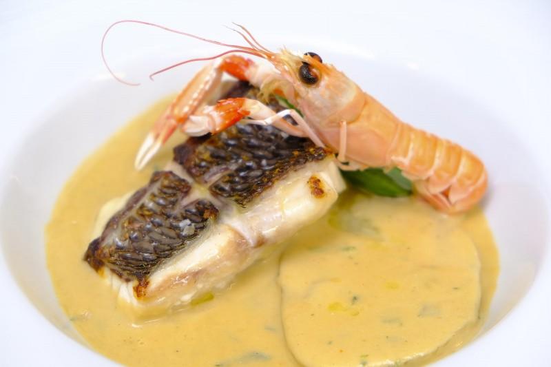 marisco pescado gourmet comida Menorca en el Plato min - 16 Grandes citas para una escapada a Menorca en 2020