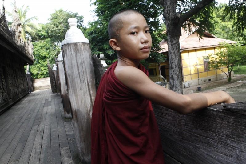 myanmar monje niño - Myanmar; el tesoro étnico
