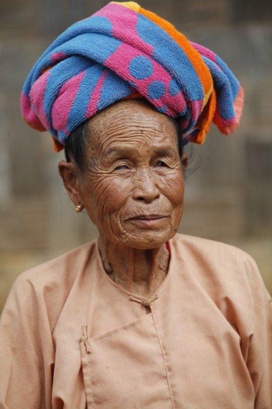 myanmar viejo turbante e1579537483973 - Myanmar; el tesoro étnico