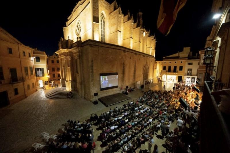 plaza Menorca Film Festival - 16 Grandes citas para una escapada a Menorca en 2020