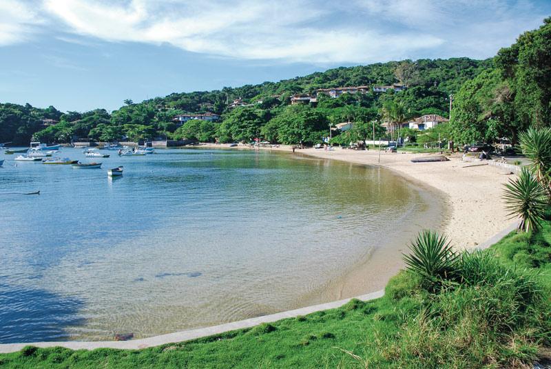 """Buzios Praia dos Ossos.© Embratur - Fotos de: """"Búzios, el balneário de Rio de Janeiro"""""""