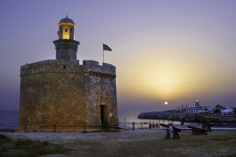 Castell Sant Nicolau faro menorca - Menorca, luz, calma y naturaleza