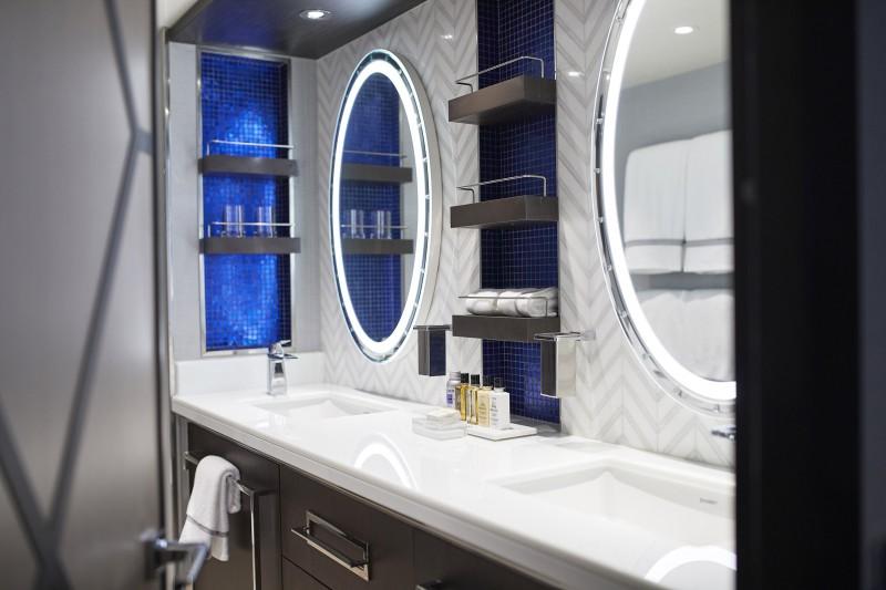 Seven Seas SPL Penthouse Suite Bathroom - Regent Seven Seas Cruises da la bienvenida a su nuevo buque, Seven Seas Splendor