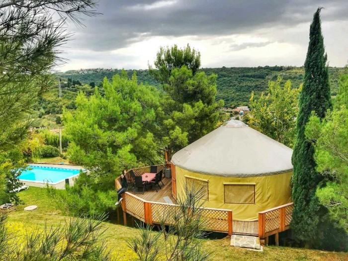 camping piscina - Vive un romántico San Valentín con un plan de lujo en la naturaleza