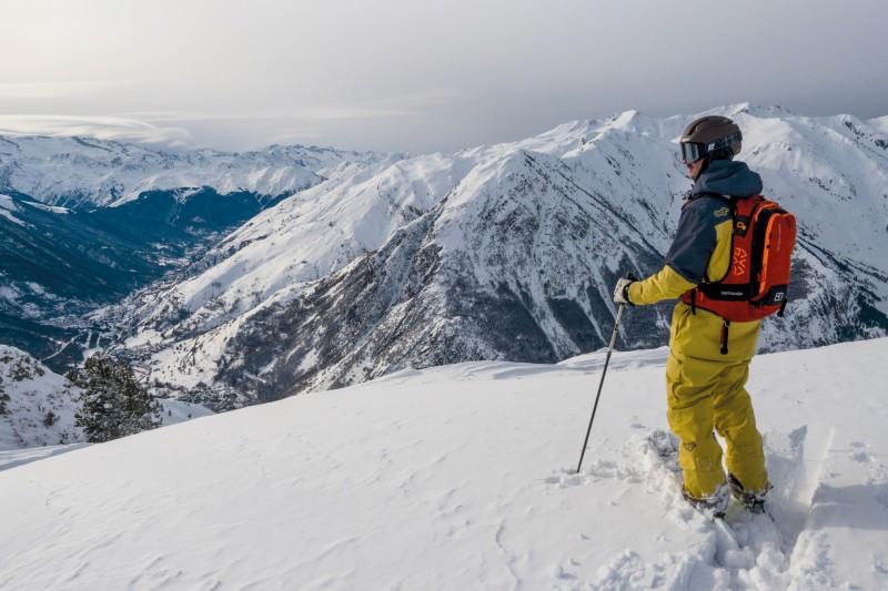 esquiar sky nieve esquiador montaña © TXEMA TRULL - Baqueira Beret anima el Carnaval con el Ski Rally Fotográfico de disfraces