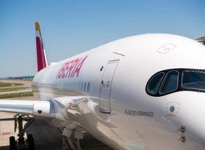 iberia avion 300x220 - Revista Más Viajes