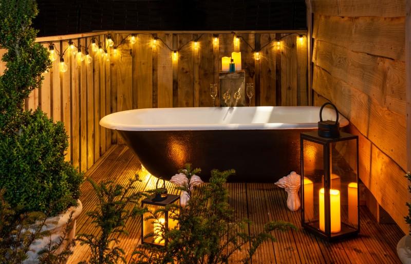 romantico velas bañera - Cómo afrontar el coronavirus en casa