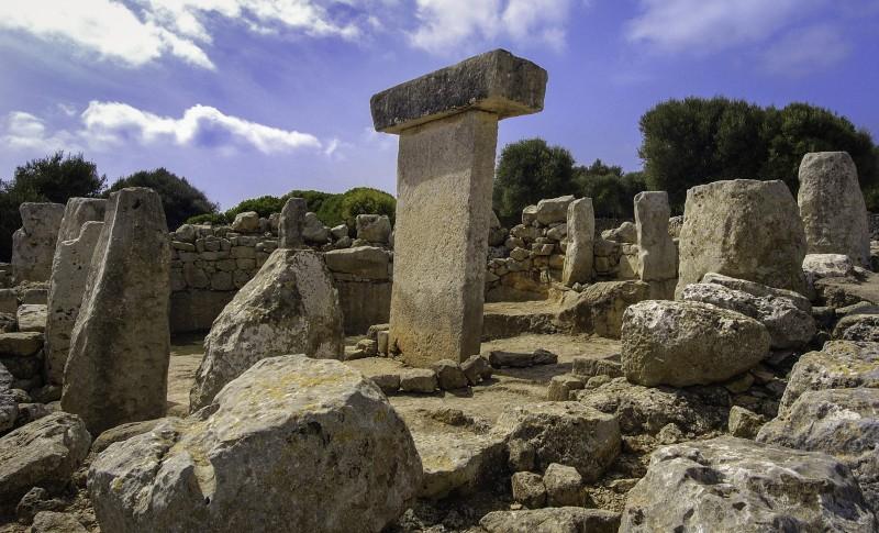 ruinas menorca T - Menorca, luz, calma y naturaleza