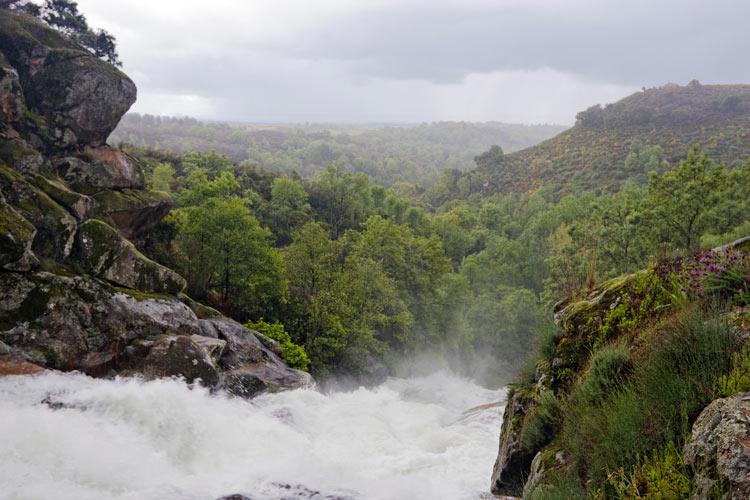 """Cascada del Diablo en Villanueva A2hde. © Ángel Romero - A{2h}de, una propuesta sostenible para convertir la """"España vaciada"""" en la """"España visitada"""""""