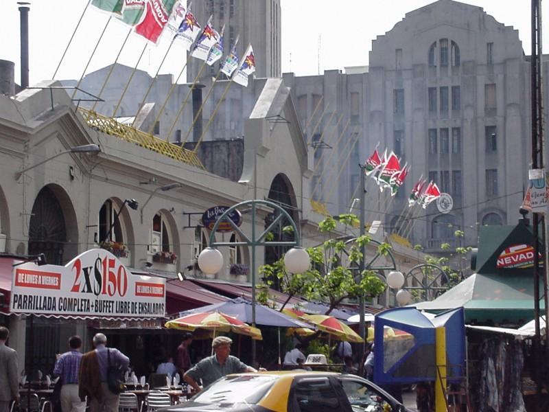 Mercado del Puerto Montevideo - Montevideo desde su corazón, La Ciudad Vieja